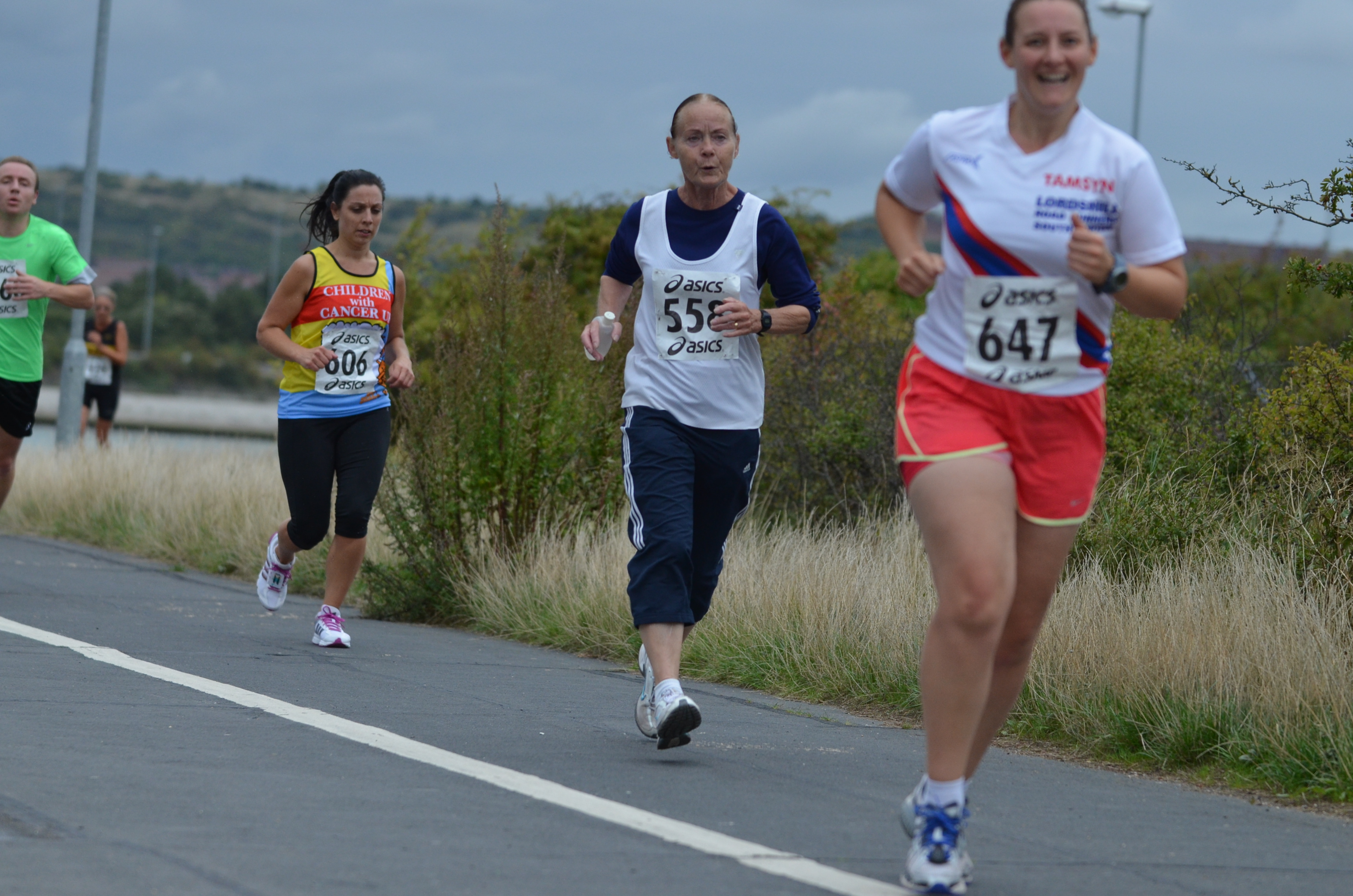 Thanks to Paul Hammond for capturing the pain of the race and my relief at nearing the end!